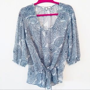 Daniel Rainn Size M gray sheer cinched blouse
